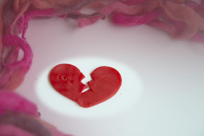 ★男性から「彼氏がいそう」と恋愛対象外にされてしまう女性の8つの特徴