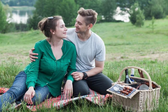 男友達を好きになった!普通の女友達から恋人になることは可能?