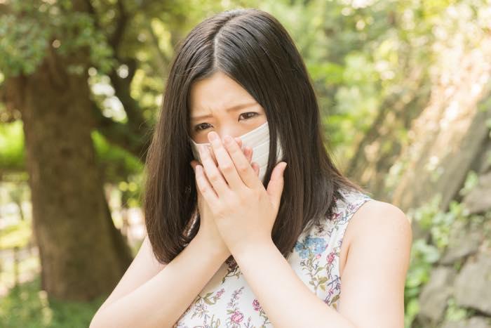 くしゃみ・鼻水はどうしよう!?デートの時に使える花粉対策3選