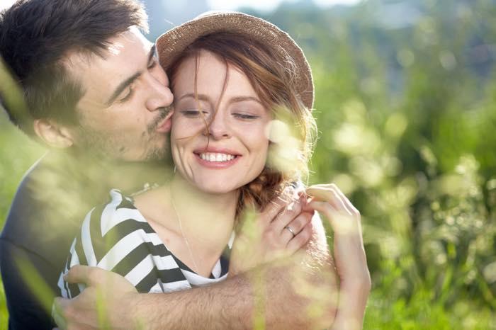 抱きしめたい!男が好きな女性をハグしたくなる瞬間5つ