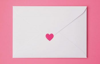 ラブレターの書き方とは?好きな人への手紙で気持ちを伝える方法