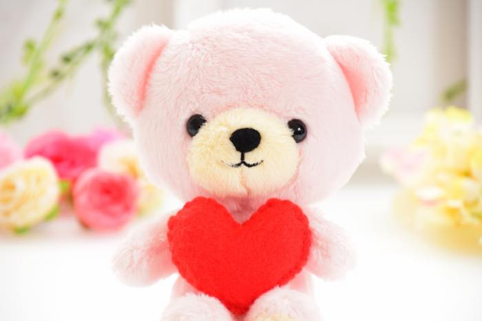 ピンクのケアベアのジンクス!友達と交換すると恋愛が上手く行く!?