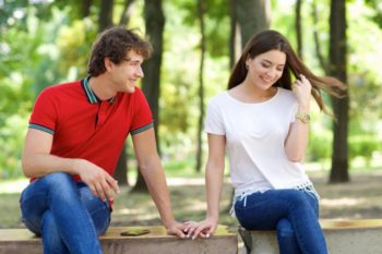 【上手く進む恋愛】トントン拍子で交際まで進む男女の特徴6つ