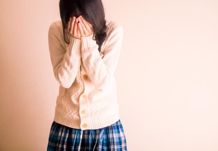 【突然泣き出す女】どうしてそんなに感情的!?泣けばすむと思ってる!?