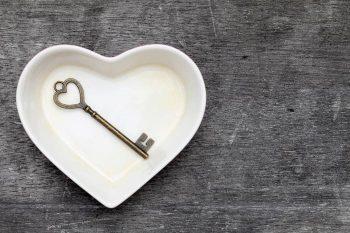 自己否定が恋愛に悪影響?解消して最高に幸せになる方法7つ