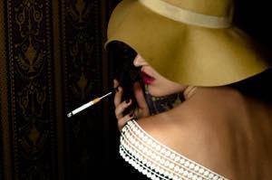 タバコを吸う女性は恋愛対象外?