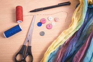 手縫いのもの
