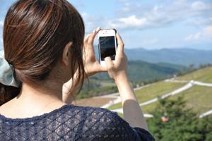 ボロボロの携帯