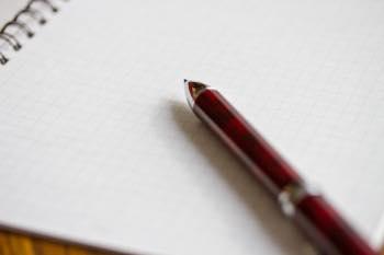 綺麗な字を書く